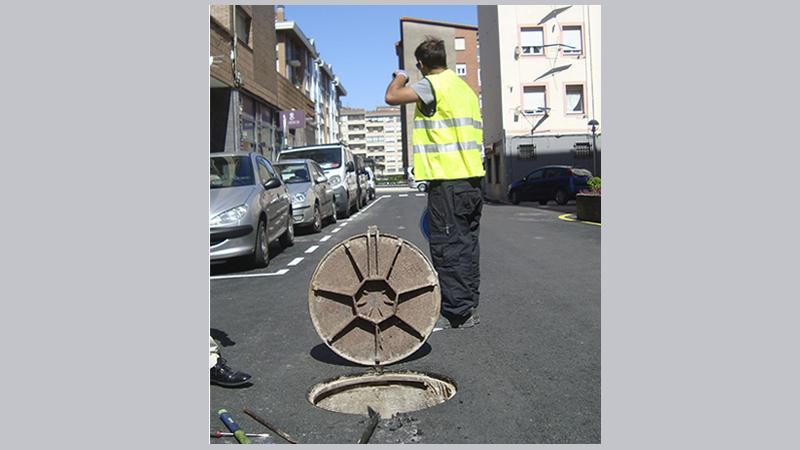012 AITLC Inspeccion, Localizacion atasco tuberia sanemaiento,Autovia La Encina Torrelavega, Coning Oficina  Ingenieria, Proyectos, Topografica e Inspeccion Tuberia (4)