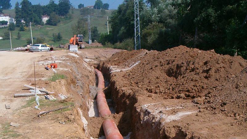 029 AIPO Colector Saneamiento PVC, Escavacion, Nivelacion, Replanteo, Encofrado, Pendiente, Pala, Coning Oficina Tecnica Ingenieria