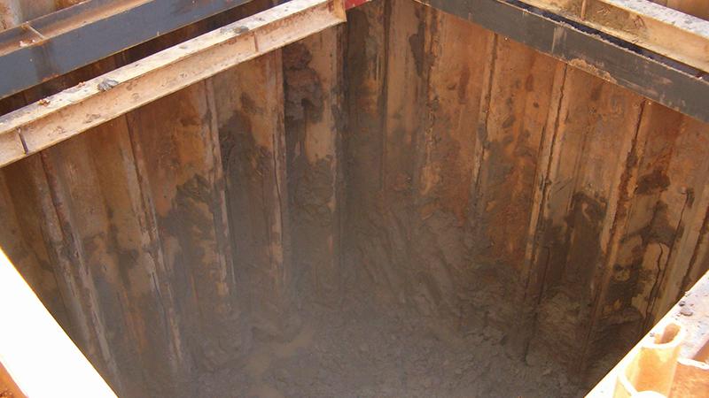 056 AIPPO Excavacion Tablestacas, Vaciado, Proteccion, Anclaje Arqueta, Hormigon Escavacion, Coning Oficina Tecnica Ingenieria, Proyectos, Topografica e Inspeccion Tuberias